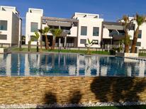 Ferienwohnung 1292900 für 4 Personen in Playa Flamenca