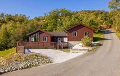 Villa 1293460 per 10 persone in Liarvåg