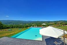 Villa 1294131 per 16 persone in Pratovecchio