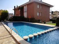 Appartement 1294804 voor 6 personen in Platja d'Aro