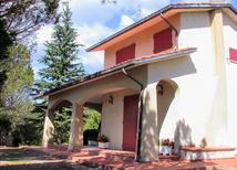 Feriehus 1295653 til 8 personer i Tuoro Sul Trasimeno