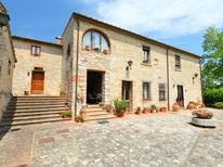 Holiday home 1295879 for 4 persons in Monteriggioni