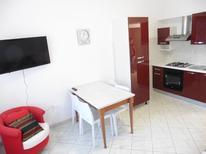 Ferienwohnung 1295917 für 4 Personen in Lido di Spina