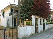 Holiday home 1296001 for 8 persons in Lido delle Nazioni