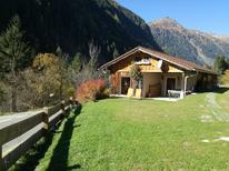 Vakantiehuis 1296011 voor 5 volwassenen + 1 kind in Flattach