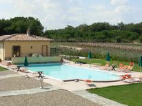 Ferienwohnung 1296164 für 6 Personen in Castiglione del Lago