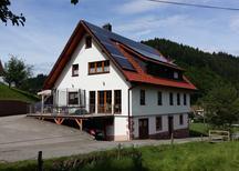 Ferienwohnung 1296988 für 5 Personen in Oppenau-Ibach