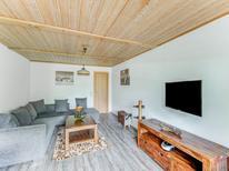 Vakantiehuis 1297382 voor 6 personen in Bruck an der Großglocknerstraße