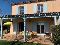 Vakantiehuis 1297883 voor 4 volwassenen + 2 kinderen in Les Issambres