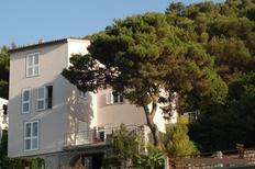 Ferienwohnung 1298134 für 4 Personen in Sparadici