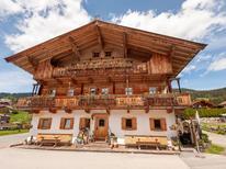 Vakantiehuis 1298336 voor 8 personen in Kirchberg in Tirol
