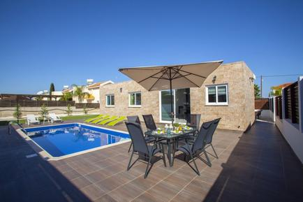Holiday home 1298611 for 6 persons in Protaras