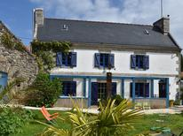 Maison de vacances 1299833 pour 4 personnes , Cléden-Cap-Sizun