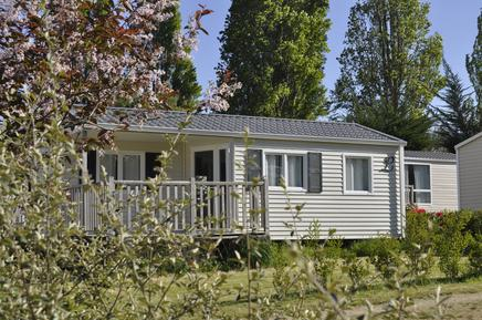 Mobile home 1302346 for 4 persons in Étables-sur-Mer