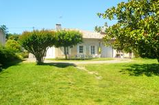 Holiday home 1302563 for 8 persons in Castillon-la-Bataille