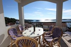 Holiday apartment 1303102 for 3 adults + 1 child in Hvar