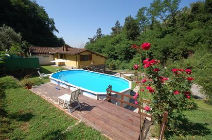 Casa de vacaciones 1304109 para 4 personas en Massa e Cozzile