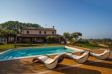 Appartement de vacances 1304297 pour 6 personnes , San Costanzo