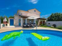 Ferienhaus 1304806 für 5 Personen in Salakovci