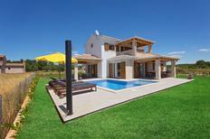 Vakantiehuis 1304835 voor 6 volwassenen + 2 kinderen in Funtana