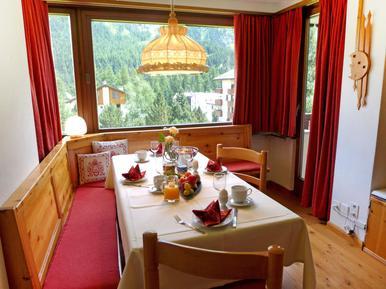 Ferienwohnung 1305702 für 4 Personen in St. Moritz