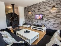 Ferienhaus 1306231 für 8 Personen in Cerovlje