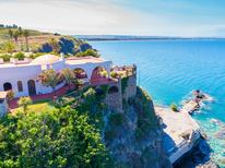 Ferienhaus 1311036 für 13 Personen in Costa Saracena-Castelluccio