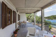 Appartement 1315033 voor 5 personen in Žuronja