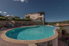 Maison de vacances 1319369 pour 4 personnes , Baja Sardinia