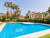 Ferienhaus 1319759 für 10 Personen in Estepona