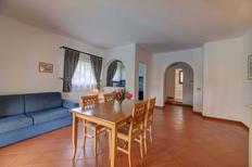 Appartement 1320874 voor 4 personen in Punta De Su Turrione