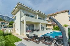 Ferienhaus 1324135 für 12 Personen in Kaštel Gomilica
