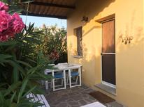 Ferienwohnung 1325431 für 5 Personen in Lido di Capoliveri