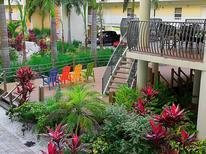 Appartement 1326393 voor 6 personen in Treasure Island
