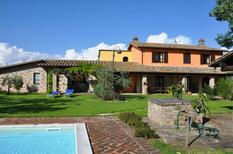 Vakantiehuis 1327909 voor 15 personen in Assisi