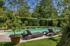 Ferienhaus 1329062 für 9 Personen in Centinarola