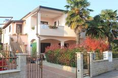 Appartement 1331636 voor 5 personen in Novigrad