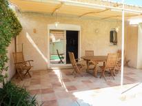 Ferienhaus 1332688 für 4 Personen in Narbonne