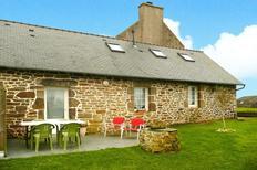 Ferienhaus 1332984 für 2 Personen in Saint-Pabu