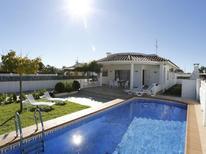 Villa 1333662 per 8 persone in Deltebre