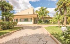 Ferienhaus 1334137 für 8 Personen in Comiso