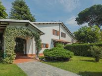 Ferienhaus 1334281 für 6 Personen in Forte dei Marmi