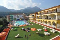 Appartement 1334923 voor 6 personen in Toscolano-Maderno