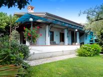 Ferienhaus 1335153 für 10 Personen in Forte dei Marmi