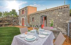 Ferienhaus 1335517 für 5 Personen in Sant'Alfio