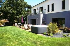 Ferienhaus 1335971 für 10 Personen in Plurien