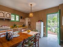 Ferienhaus 1336525 für 8 Personen in Stellanello