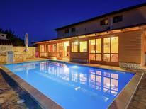 Villa 1337271 per 15 persone in Barbariga