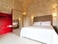 Ferienhaus 1339284 für 4 Personen in Lecce