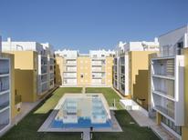 Appartement 1340380 voor 6 personen in Armação de Pêra